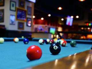 Expert pool table setup in Coos Bay content img2